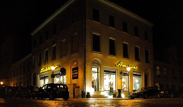 Lichthaus_Ammon_bei-nacht